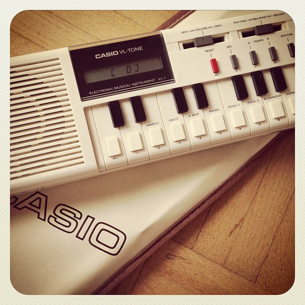 CASIO Electronic Musical Instrument VL-1