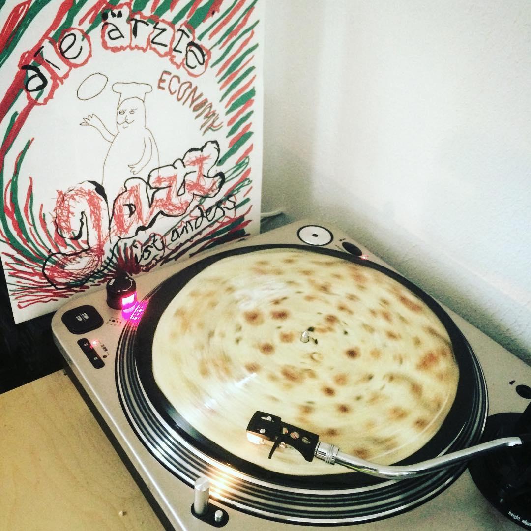 Jazz ist anders – Economy #vinyl #nowspinning #spinningpizzabrot