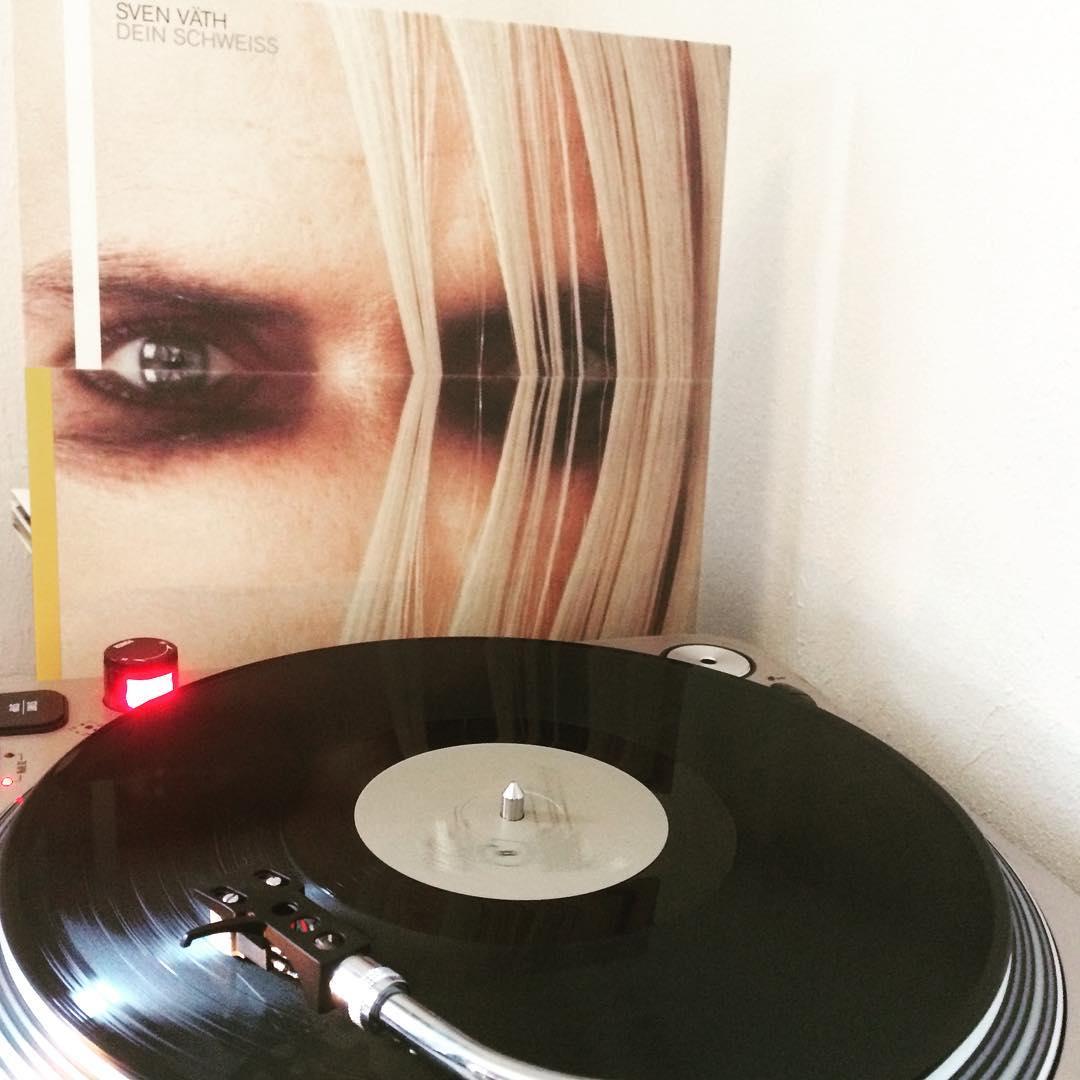 Dein Schweiss #vinyl #nowspinning #SvenVaeth #1990 #Techno #ThomasPHeckmannRMX #BSide