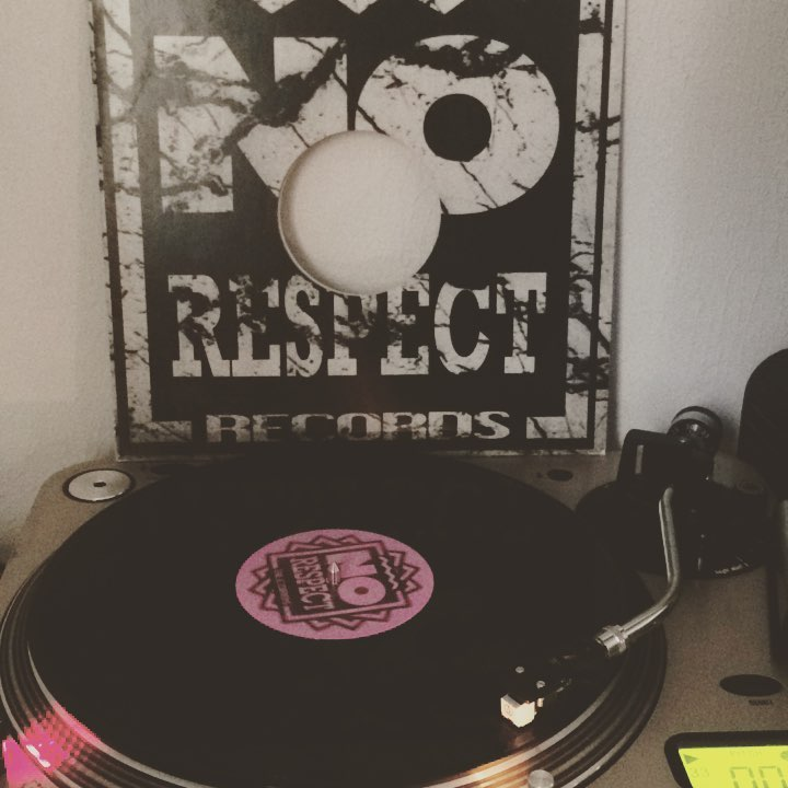 You can't escape #JensLissat #vinyl #nowspinning #NoRespectRecords #1994 #trance