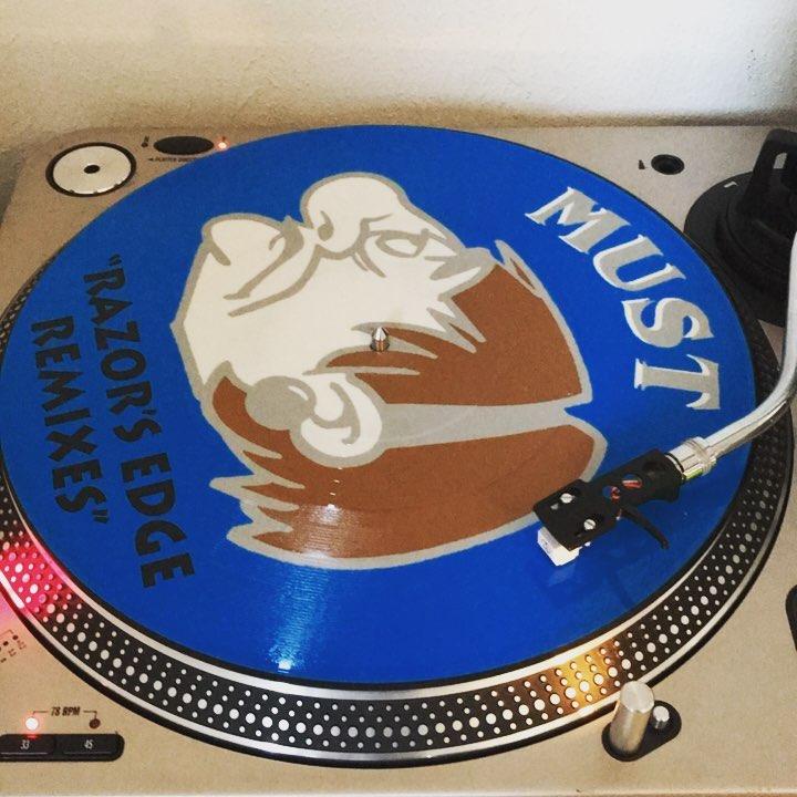Gotta Get (Loose) #Must #Remix #RazorsEdge #RazorsEdgeRemixes #nowspinning #vinyl #Trance #Hardtrance #1994 #PictureVinyl #AuraSurroundSounds #KarlLever #DaveRandall #NeillCain #coloredvinyl