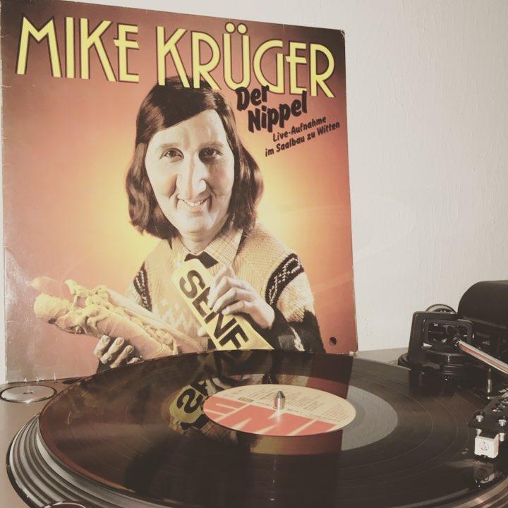 Der Nippel #MikeKrueger #NowSpinning #Vinyl #Comedy #Live #Witten #1980 #Turntable #Plattenspieler #KarlDall #EMI #EMIElectrola #DerNippel