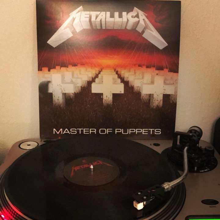 Master of Puppets #Metallica #Metal #Vinyl #NowSpinning #Turntable #Vinylgram #CliffBurton #LarsUlrich #KirkHammett #James Hetfield #ObeyYourRemaster #33rpm