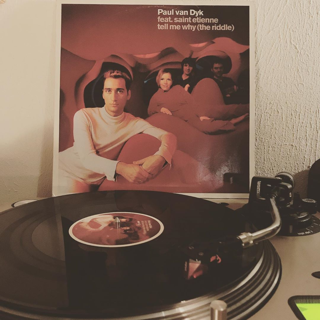 Tell me why (the riddle) #PaulVanDyk #SaintEtienne #OnMyTurntable #Vinylgram #NowSpinning #Electronic #ProgressiveTrance #2000